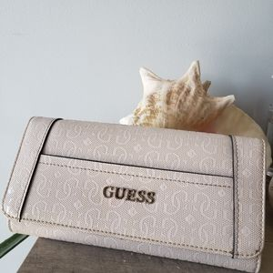 Guess Pale Wallet